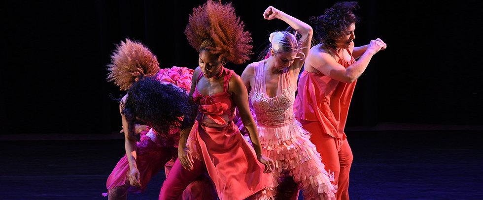 adele-myers-dancers-twist-performance.jpg