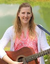 Cassie Smith music therapist