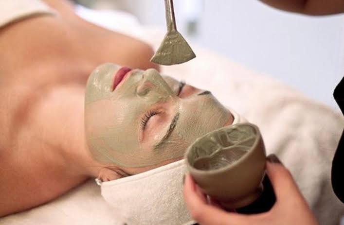 Ayurvedic Full body and Facial Beauty Treatments