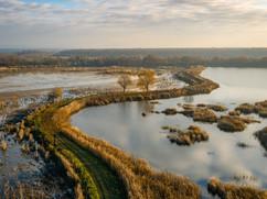 Stawy Monowskie jesienią z drona.jpg