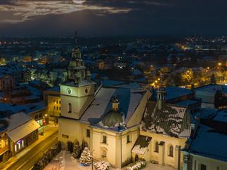 Kościół w Kętach zimą