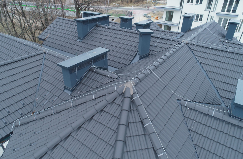 Inspekcja dronem dachu.jpg