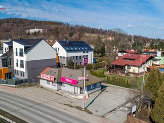 Zdjęcie z drona Ustroń budynek po dawnej aptece na sprzedaż