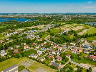 Sesja zdjęciowa instalacji fotowoltaicznej - panele słoneczne + kolektory dla firmy Hewalex Czechowice - Dziedzice zdjęcie panoramiczne z powietrza