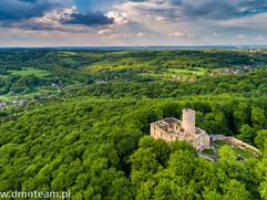 Zamek Lipowiec w Wygiełzowie - zdjęcie lotnicze