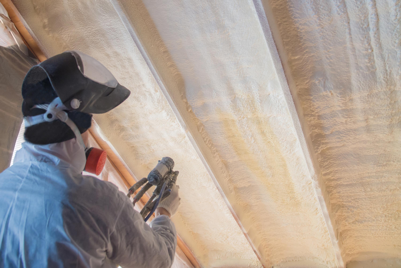 Polyurea Spraying, warming foam coating