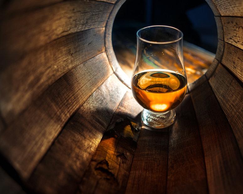 Whiskey-Peeling-Massage (40 Min)