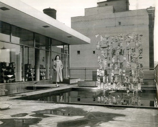 One Minute Modernist:  Modern Architecture + Sculpture in Cincinnati