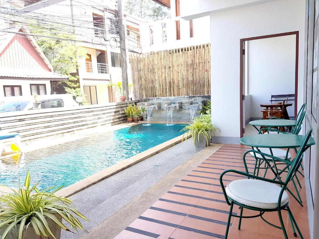 Pool & Superior Room
