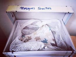 boîte pour stocker les masques souillés en attendant le lavage