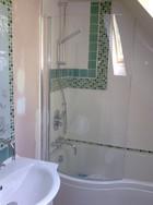Colsterworth,  bathroom 1 (2).jpg
