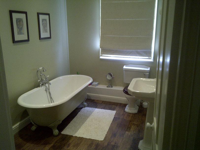 Bathroom+-+Thurlby+%282%29.jpg