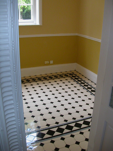 Tiling - Breakfast Room (3).JPG