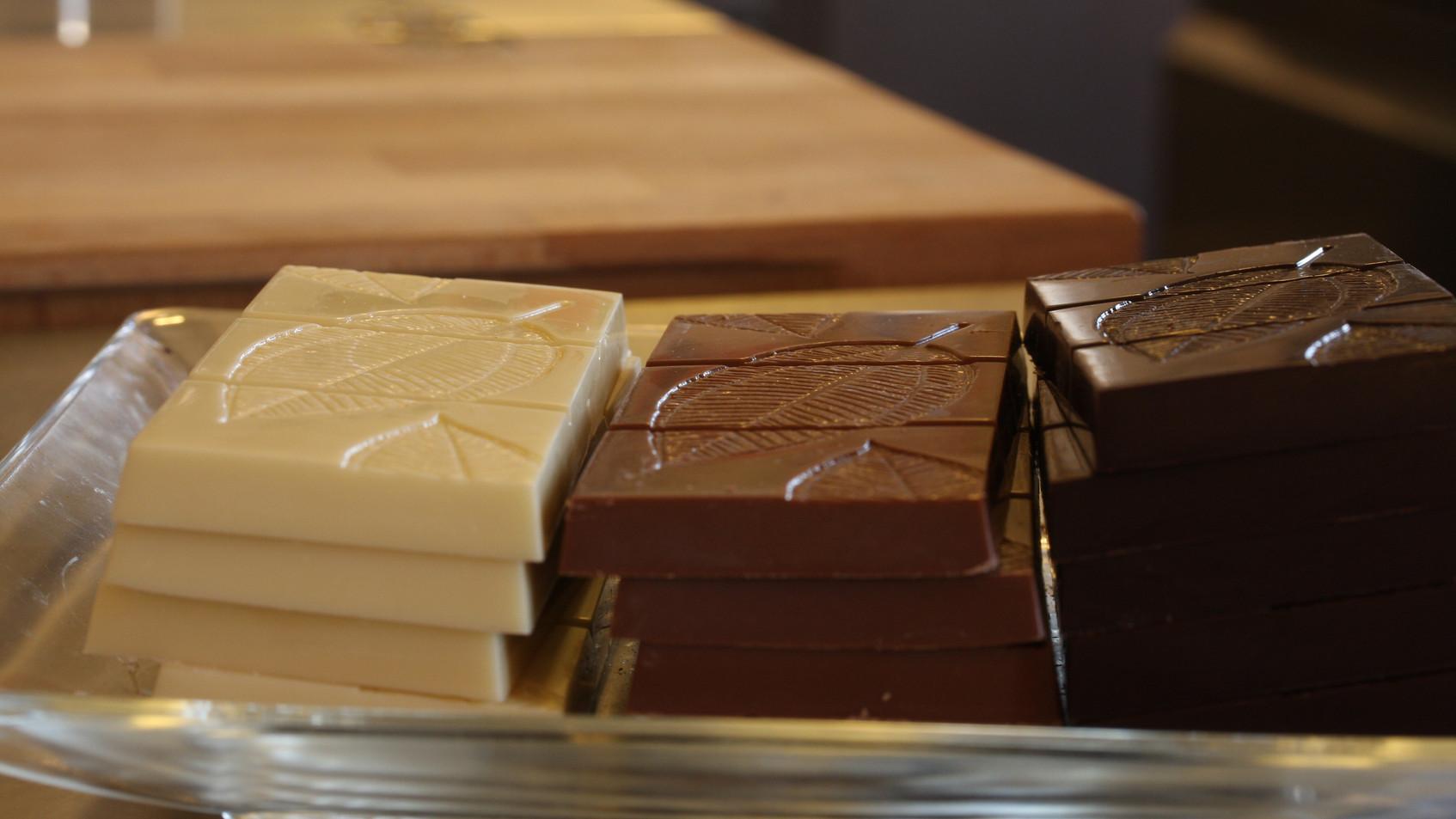Bars -Plain chocolates