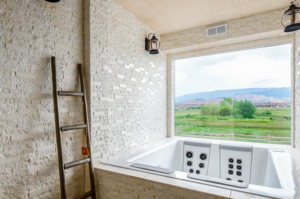 Hot Tub Room In Spa