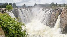 Spectacular Smoky Rocks: Tamil Nadu's Hogenakkal Falls
