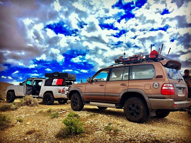 #toyota #landcruiser #tacoma #trd #deathvalley #desert #bluesky _Photo credit to _sal_is_singh