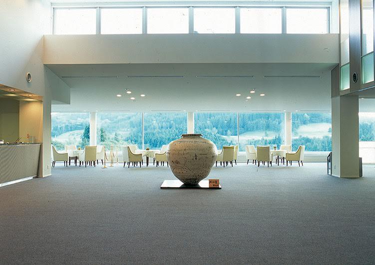 メナード青山リゾート ホテルシャンベール ロビー