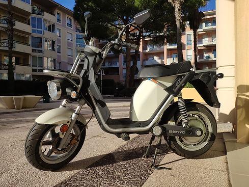 Scooters électriques d'occasion, Ecolostation vous propose une large gamme de scooters électrique d'occasion en France . Vous cherchez un scooter électrique d'occasion en France ? Pensez Ecolostation