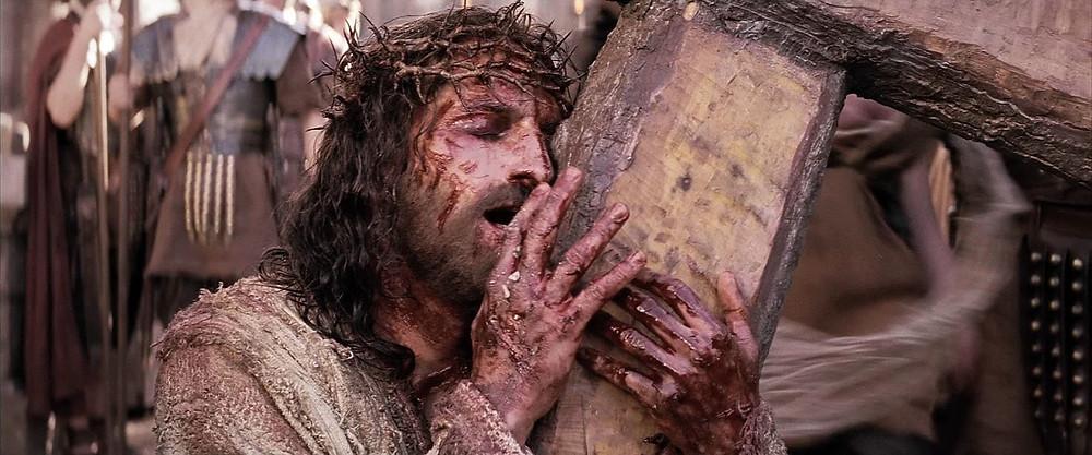 2ª estação: Jesus carrega a sua cruz