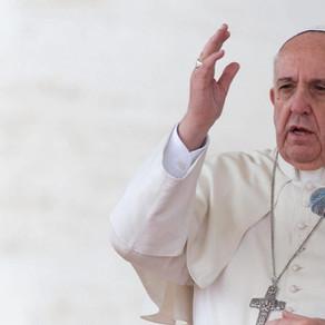 Papa Francisco: Deus faz grandes coisas com os humildes como Maria