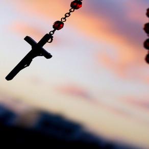 Papa Francisco: Rezar o Terço todos os dias em outubro
