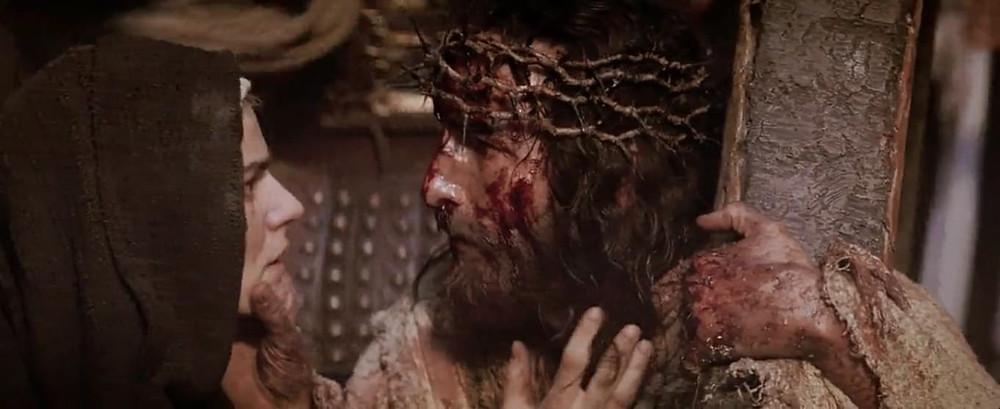 4ª estação: Jesus se encontra com sua mãe