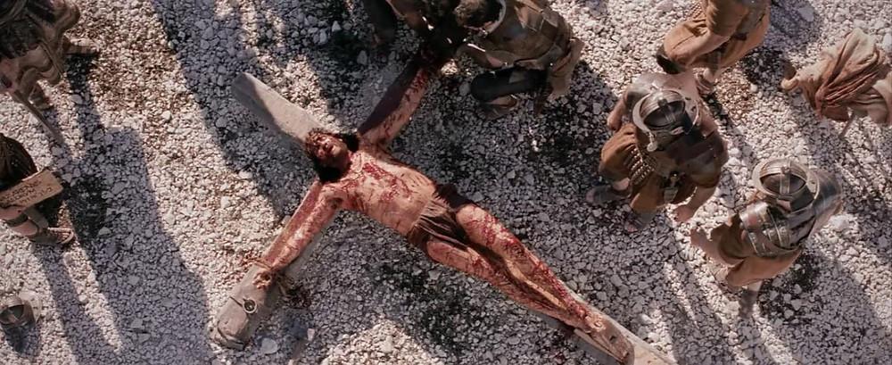 11ª estação: Jesus é pregado na cruz