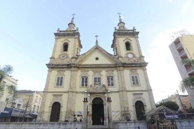 Construído em 1888, templo foi elevado a Basílica em 1909 (Foto: Thiago Leon)