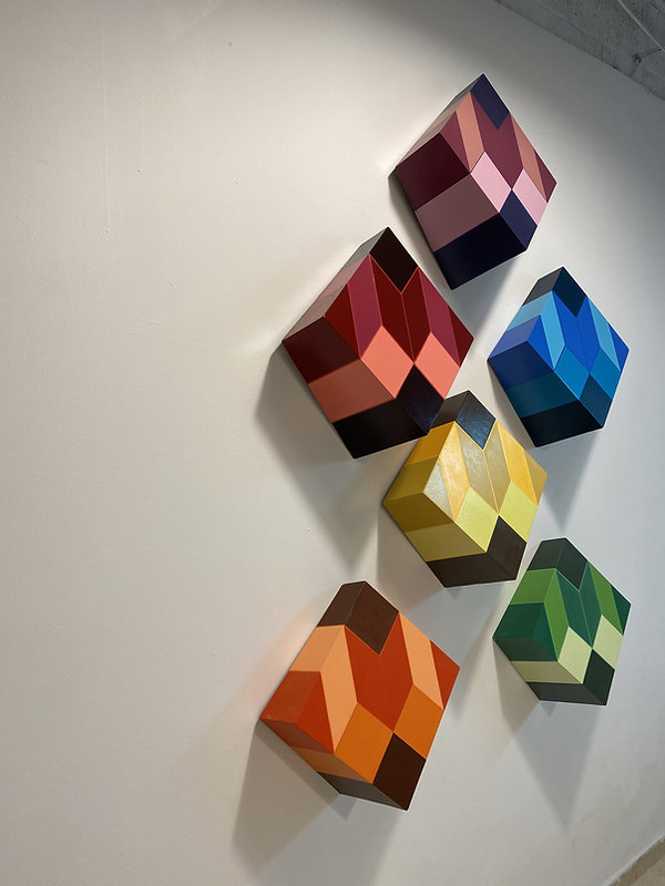 dear white cube, art installation made o