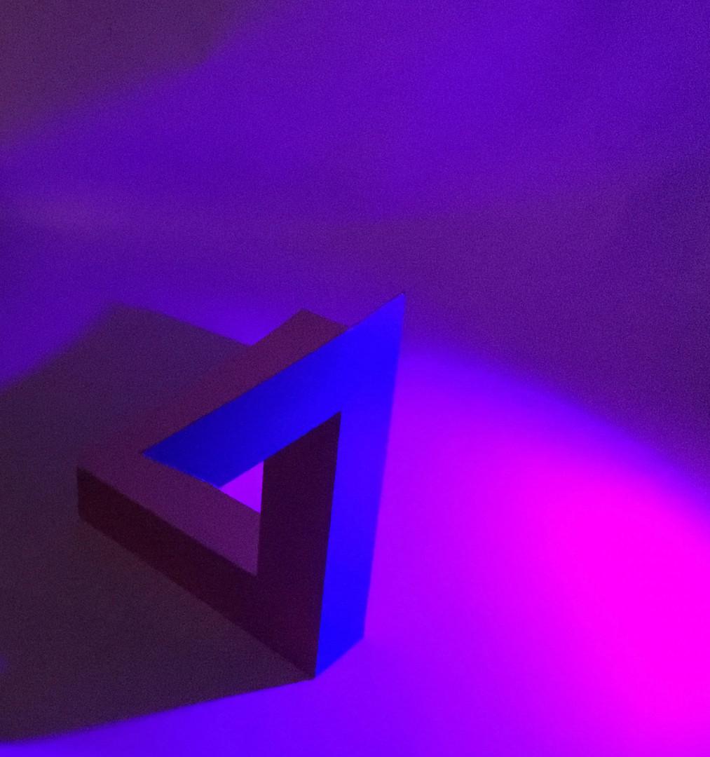 Penrose 2, Pink Light