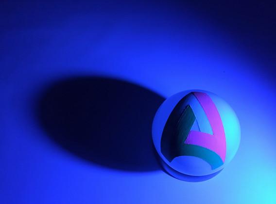 Penrose 3, Blue Light