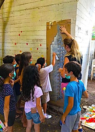 graffiti, kids, workshop,youtovia,jessica moritz, stencil, stencil art, tlv, tel aviv art, israeli artist