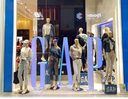 GAP-Instore-(2).jpg