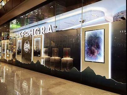 Sephora---Dubai-mall-window-(1)-(1).jpg