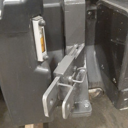 Tractor-mounted Bracket for Tree Spade