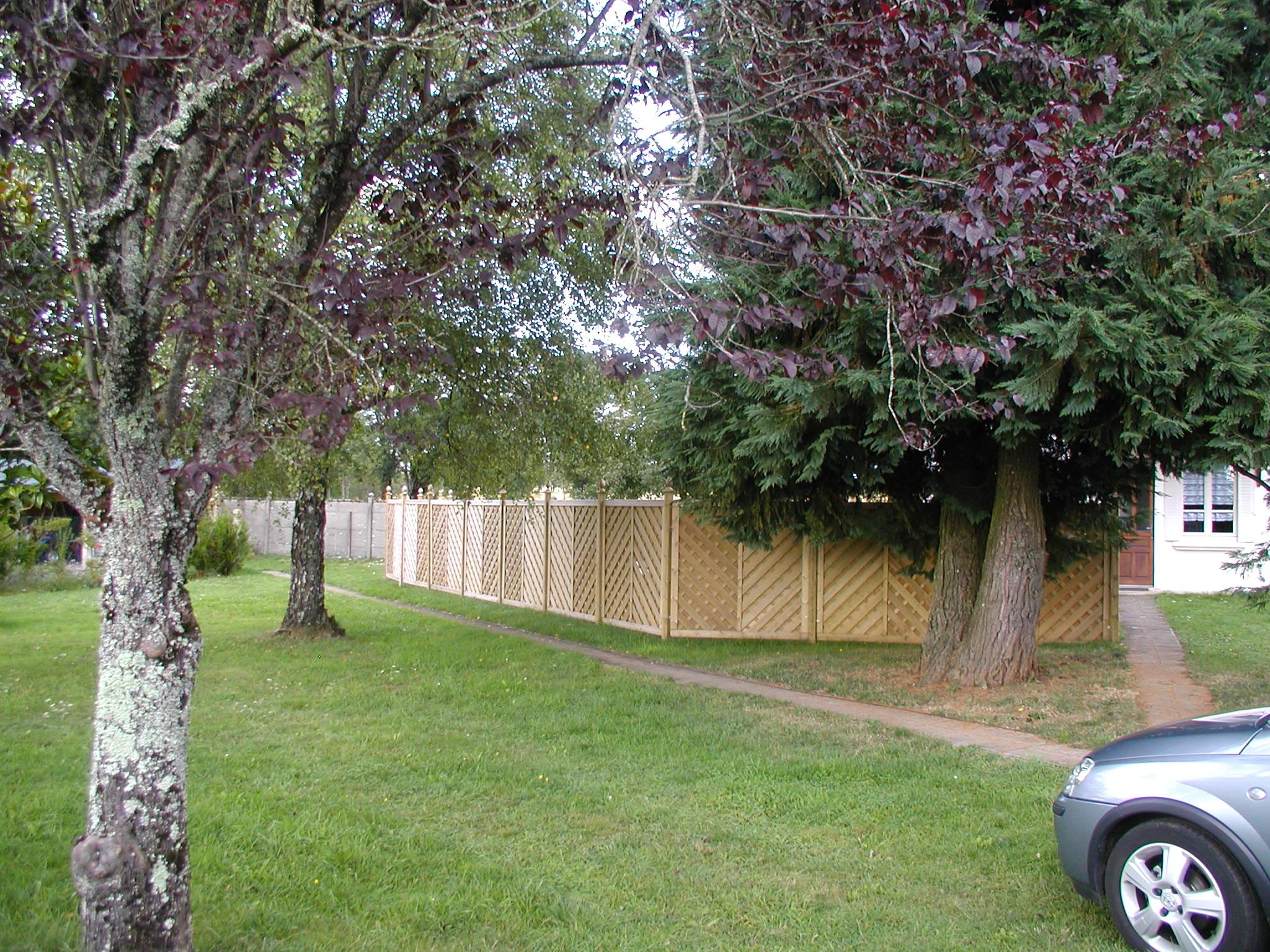Clôture panneau bois