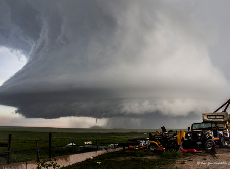 """Spatial analysis suggest hail """"hot spots"""" for cloud seeding experiments in Colorado"""