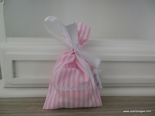 0beb1438950554 12 Zakjes lint roze gestreept Vis Ta Vie