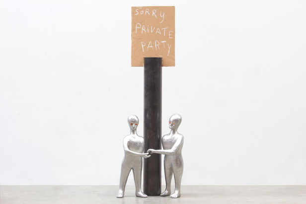 HENK VISCH Sorry, Private Party, 2016 aluminium, cardboard, metal, paint, 138 x 50 x 30 cm