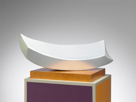 ANTON HENNING Liegende No. 7, 2008 wood, epoxy resin and lacquer 139 x 113,5 x 70 cm
