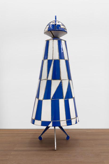 MARCEL DZAMA The Rook moves like the night, 2015 steel ⌀ 75 x 201,5 cm,