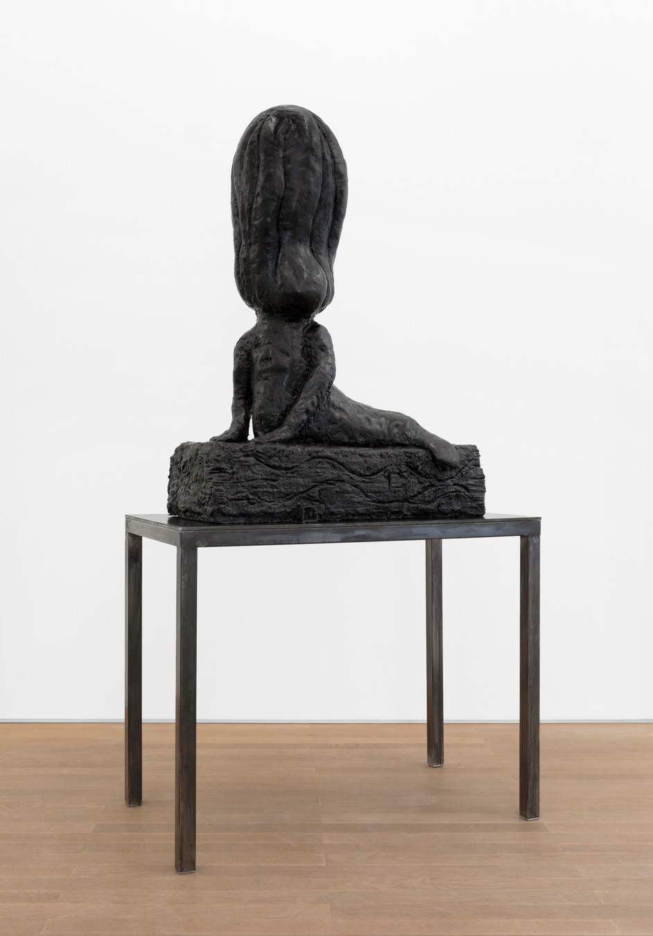 EDWARD LIPSKI Mermaid, 2020 rubber, steel 112 x 80 x 35 cm (sculpture) 81 x 101 x 55 cm (plinth) unique