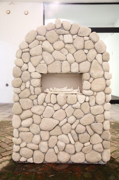 TOMASZ KOWALSKI, The rest (arranged stones), 2015