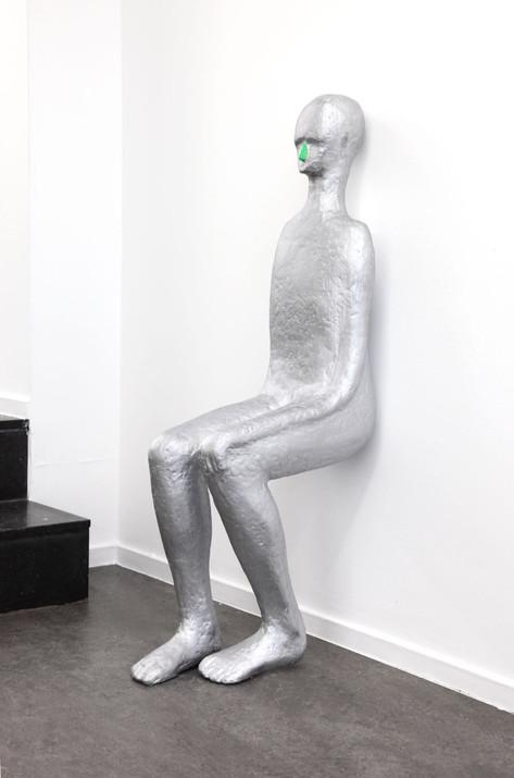 HENK VISCH At the wall, 2014 aluminium, paint h x 110 cm