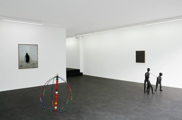 "NORBERT SCHWONTKOWSKI: ""Queen of Concentration"", 2008  oil on canvas - 60,5 x 49,5 cm  HENK VISCH: ""ZIREGH"", 2008 tape, polyester, metal - h: 95 cm   NORBERT SCHWONTKOWSK: ""Schneeglöckchen"", 2008 oil on canvas -56x46x2cm  HENK VISCH: ""A Sleeping Horse"", 2008 bronze, glass, aluminium - h: 90 cm"