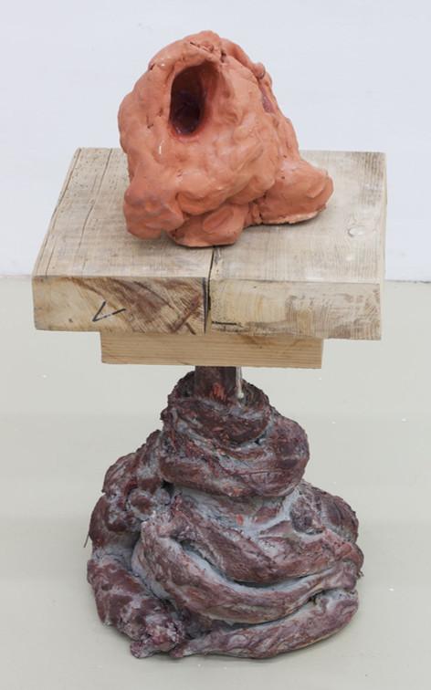 GELATIN Golem, 2017 ceramics, wood, plaster 72 x 35,5 x 30 cm