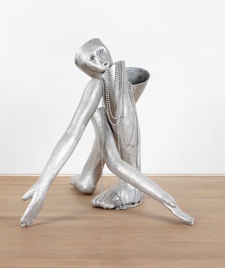 HENK VISCH Come and see before it is too late, 2016 aluminium, beads h: 75  cm