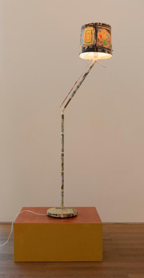 ANTON HENNING Stehlampe No. 9, 2019 metal, plastic, printed paper, marker and pastel on paper 152 x ø29 cm