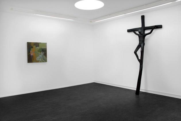 "ATELIER VAN LIESHOUT: ""Jezus"", 2005 polyester - 280 x 135 x 40 cm  ED TEMPLETON: ""No Title Available"", 2007 acrylic on canvas - 76,2 x 76,2 cm"